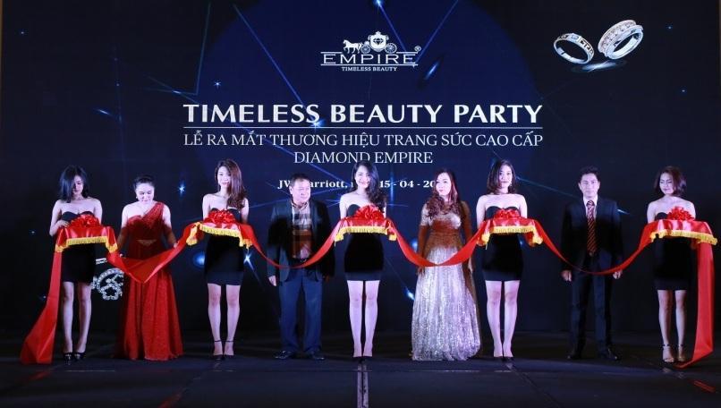 Tổ chức lễ ra mắt sản phẩm mới- thương hiệu trang sức cao cấp DIAMOND EMPIRE