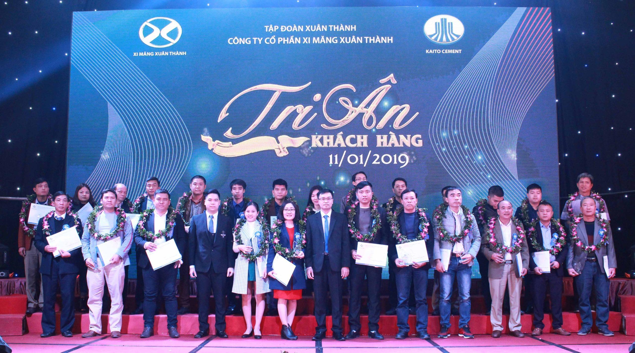 Một số hình ảnh hội nghị khách hàng - công ty cổ phần xi măng Xuân Thành