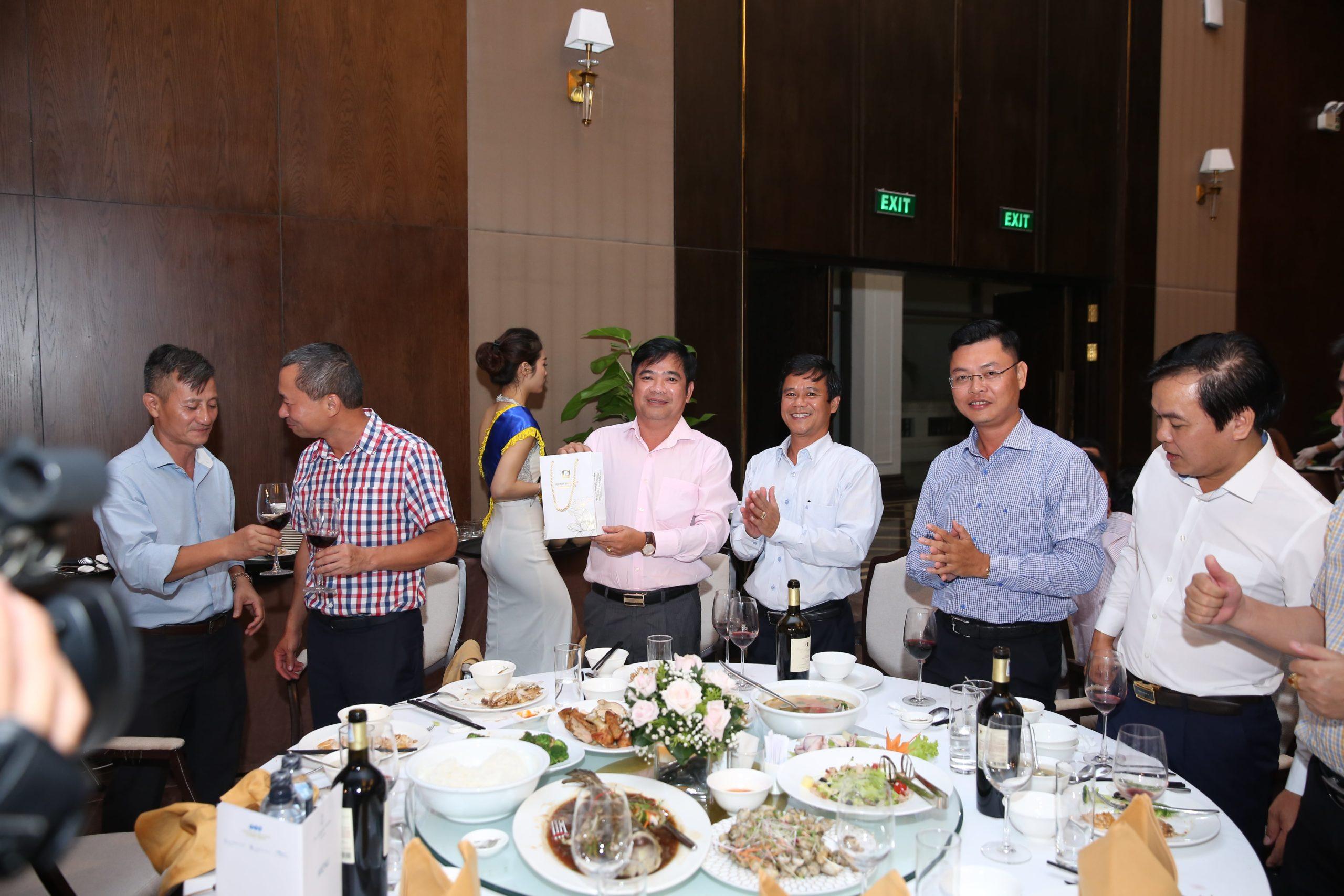 Petrolimex hội nghị khách hàng toàn quốc lần 3-3