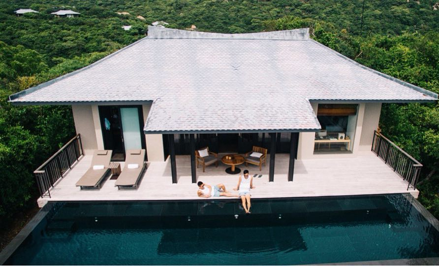 Resort Amanoi Resort Ninh Thuận nhìn thẳng ra biển Vĩnh Hy , là 1 trong những resort tốt nhất Việt Nam